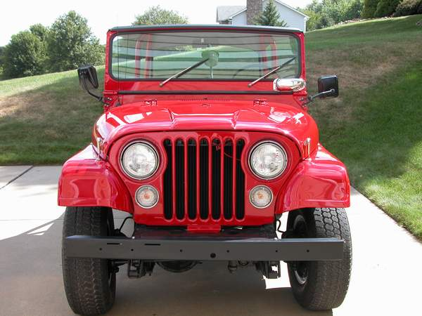 Jeep Wrangler With Plow ToView the Jeeps from 1980 to the present click here