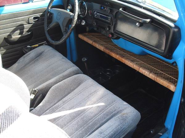 Johns 1972 volkswagen super beetle engine and interior pictures oct 4 freerunsca Image collections